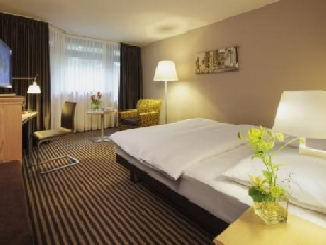 Moevenpick Hotel Munchen-Airport (*)