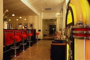 Mercure Hotel & Residenz Berlin Checkpoint Charlie (4*)