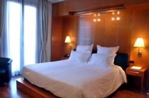 Condes Hotel Barcelona  (*)